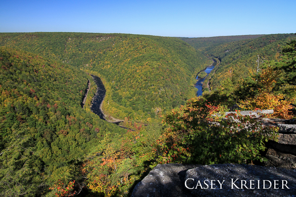 Early fall color along the Lehigh Gorge