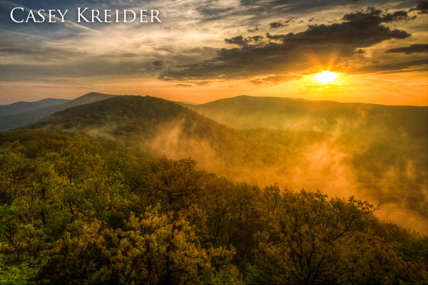 Sunrise on Bearfence Mountain in Shenandoah National Park